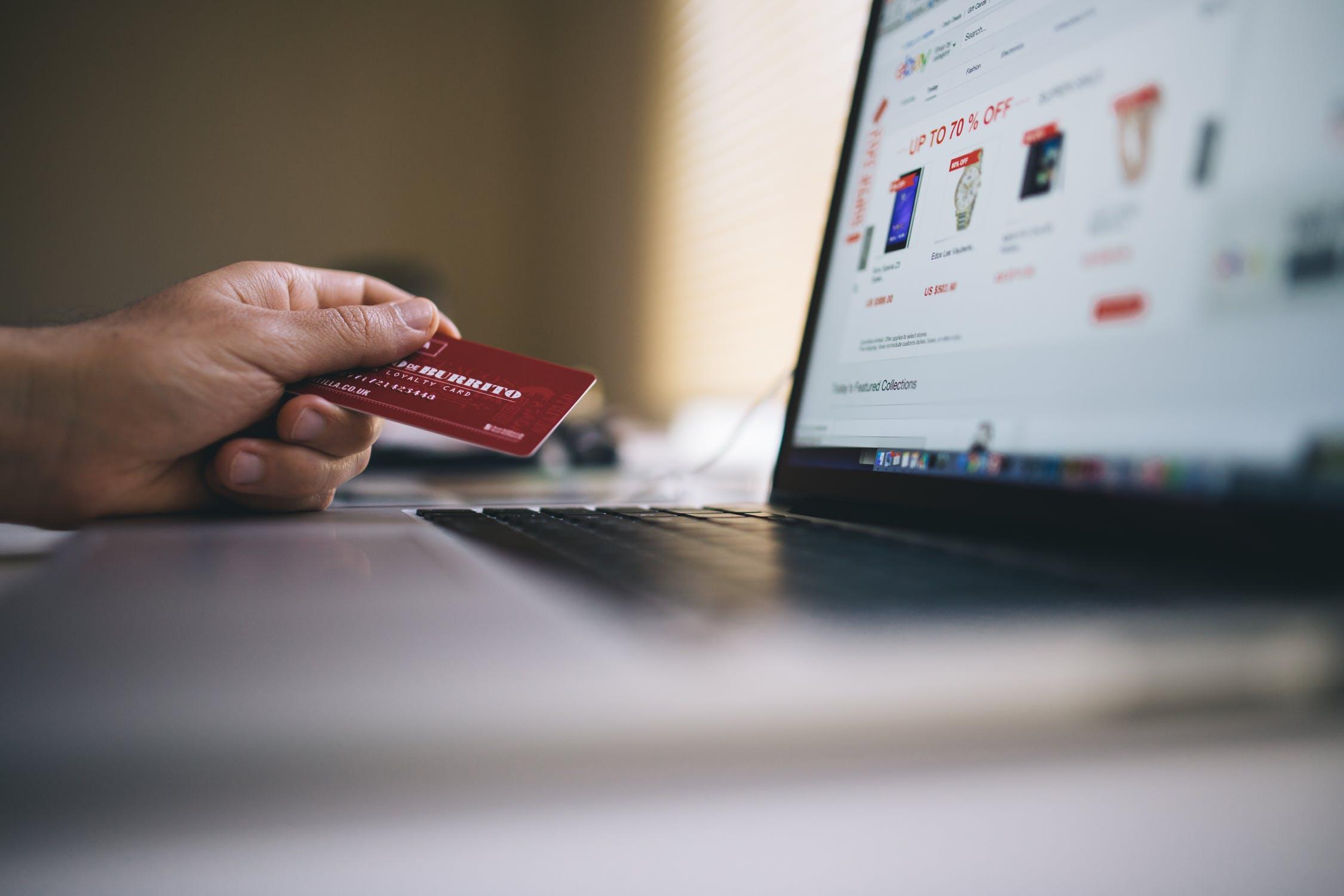 Fiscalidad de las ventas a distancia E-COMMERCE B2C